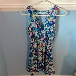 Floral dress, cute cross back design!